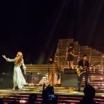 """Florence e The Machine - """"Togliete quei cellulari  e abbracciatevi!"""""""