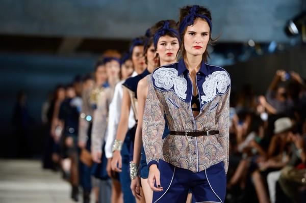 Alexis Mabille: Runway - Paris Fashion Week Womenswear Spring/Summer 2014