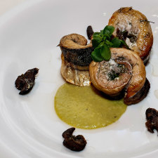 CHEF ENEA BARBANERA – MACKEREL WITH SNAILS IN 'PORCHETTA'