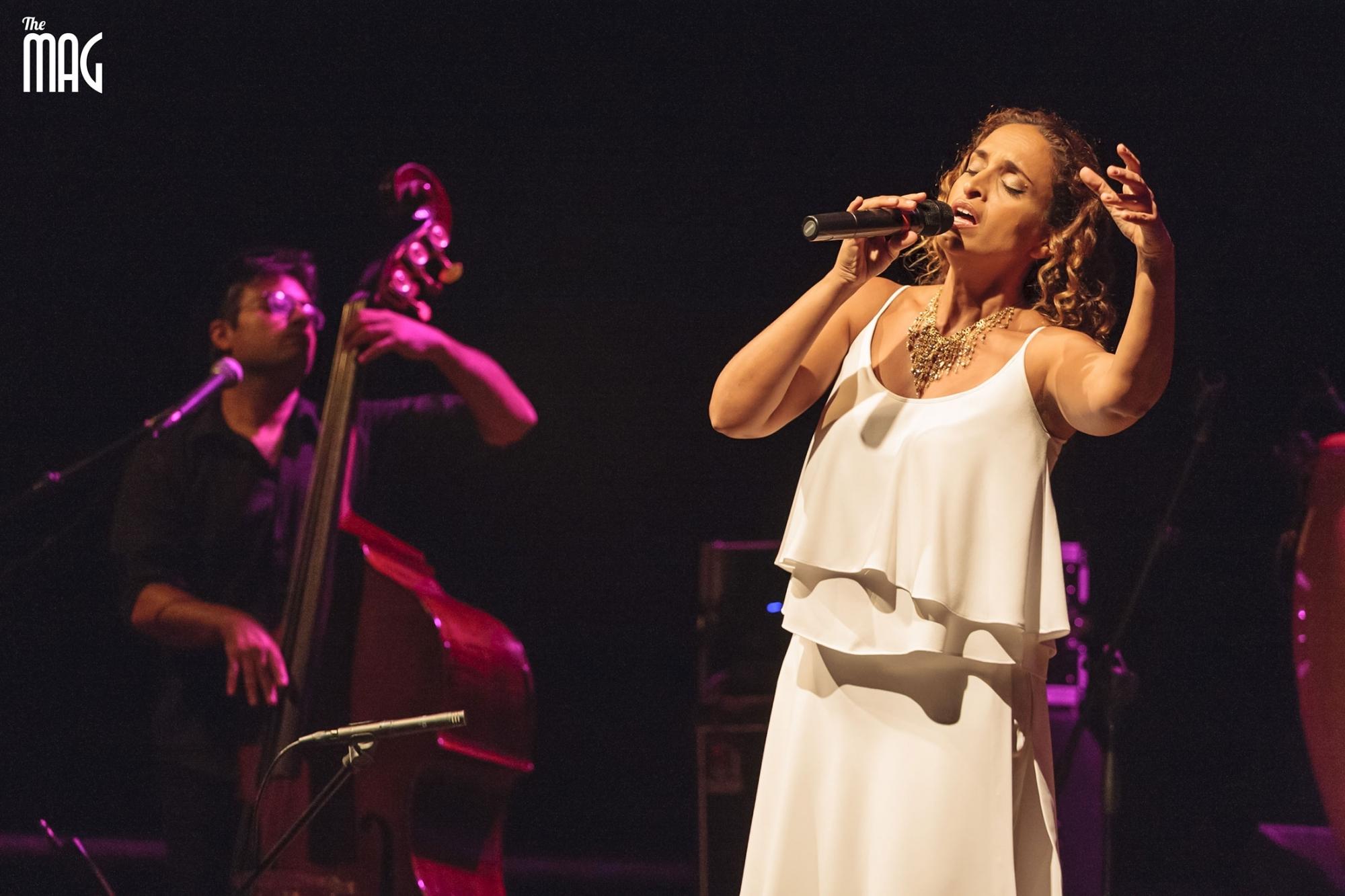 Noa Achinoam Nini canta al festival delle nazioni