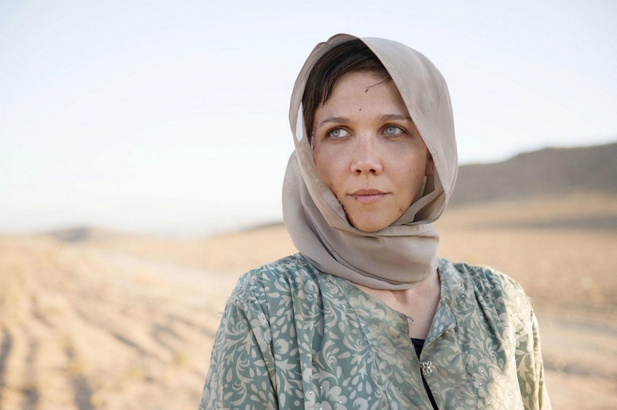 Maggie-Gyllenhaal-in-the-Honourable-Woman-1