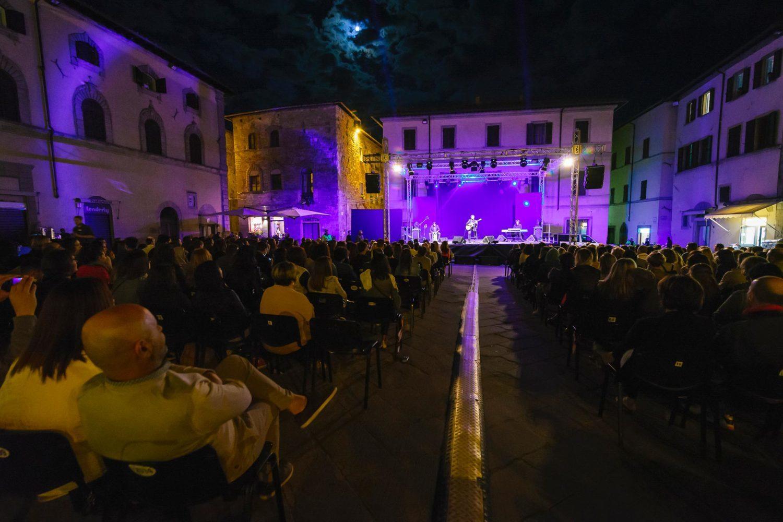 federico zampaglione canta a sansepolcro ph andrea settanni