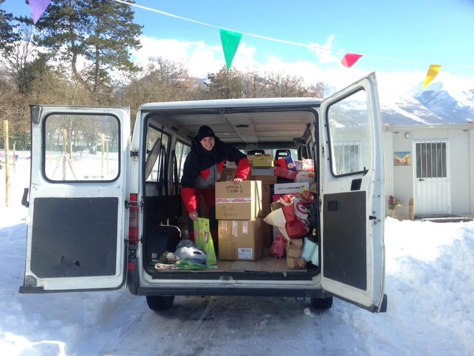 furgone carico di aiuti per Norcia