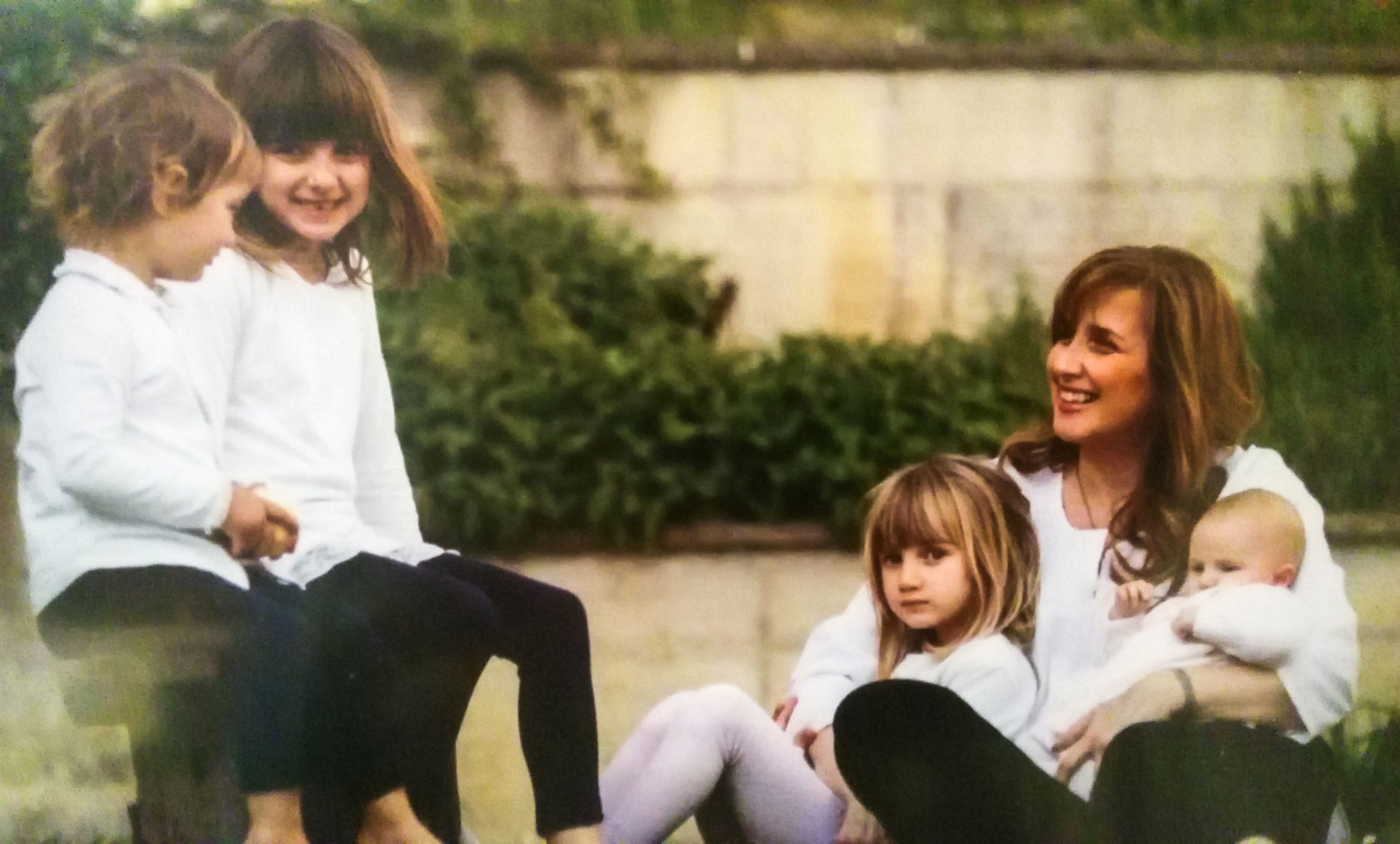 Alessia Uccellini con le quattro figlie