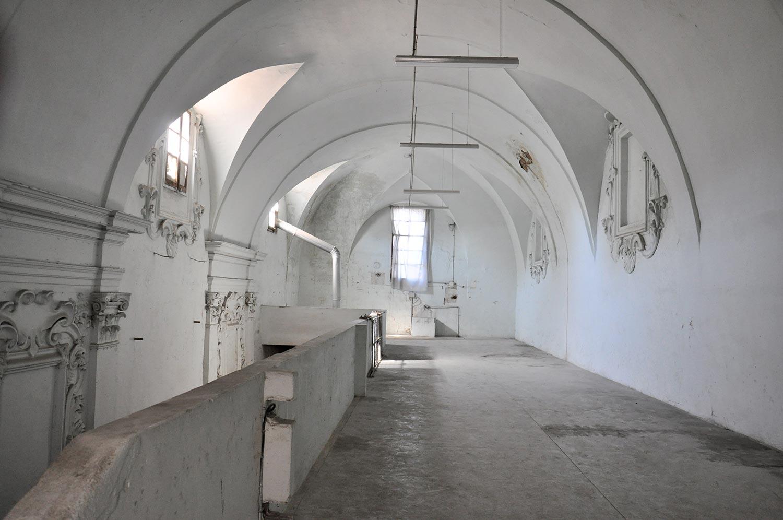 interno della chiesa della Santissima Trinità a Città di Castello