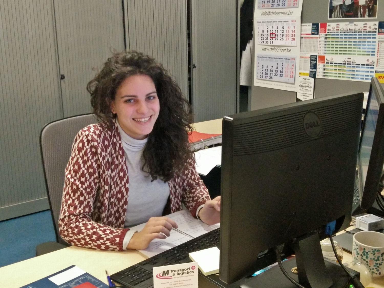 Camilla Rossi al lavoro a Lede, Belgio