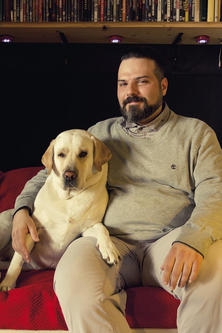 Ritratto di Andrea Nero Cavargini e il suo cane Ghita