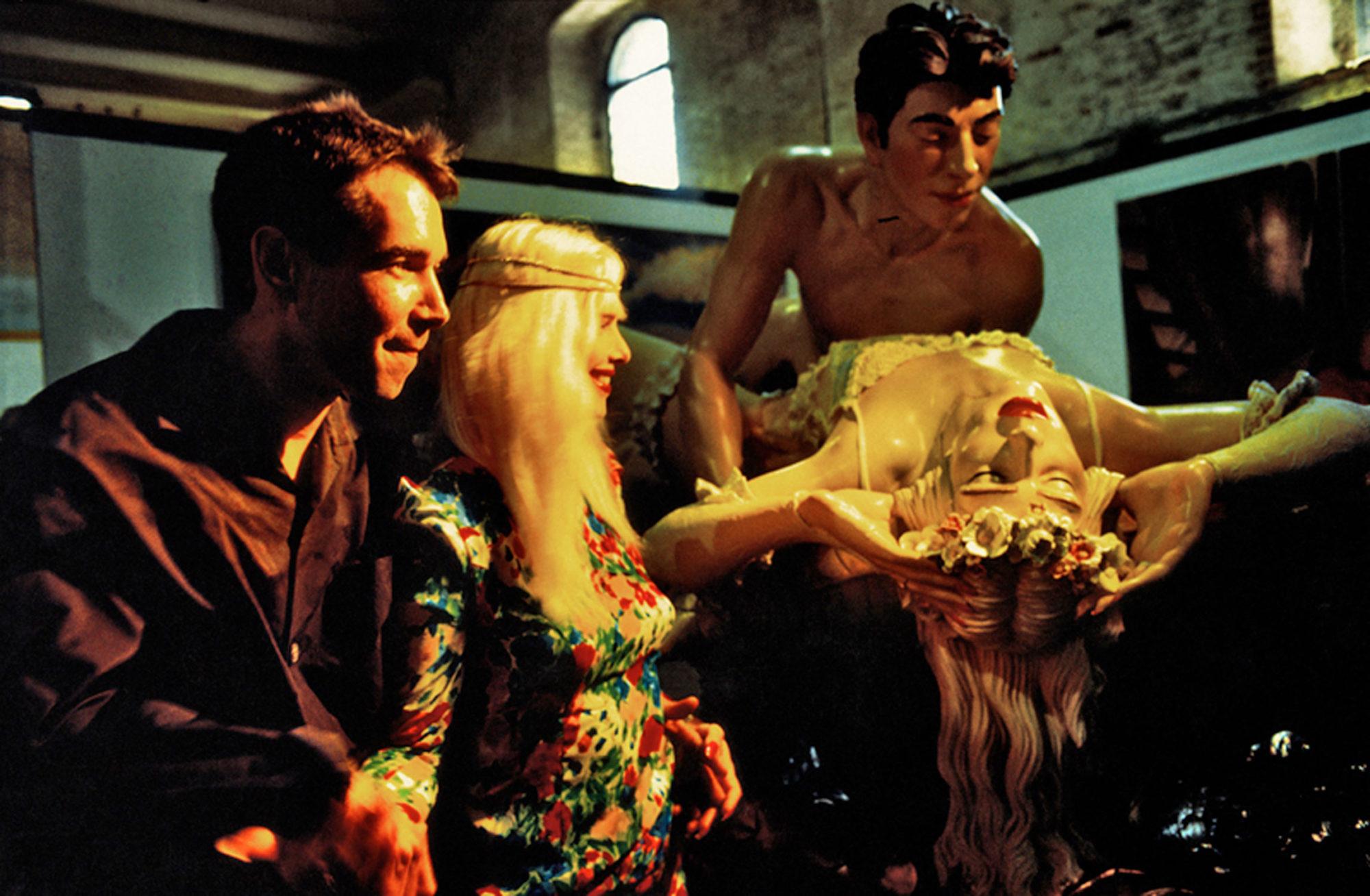 Ilona Staller e Jeff Koons alla biennale di Venezia davanti ad un opera che li ritrae