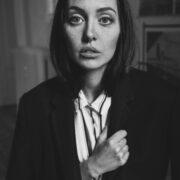 ritratto di Camihawke in bianco e nero, foto di Marco Onofri